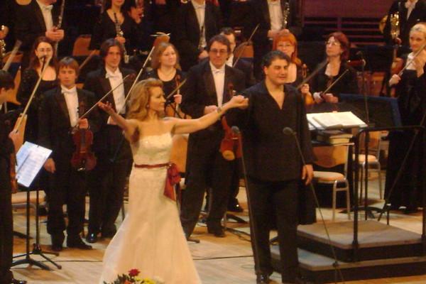 politismos-culture-greece-greek-editions-music-book-vivlio-applausi-olga-romanko-1